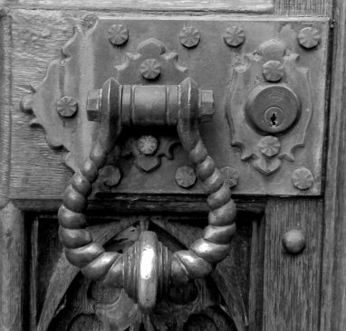 cohurch doorhandle